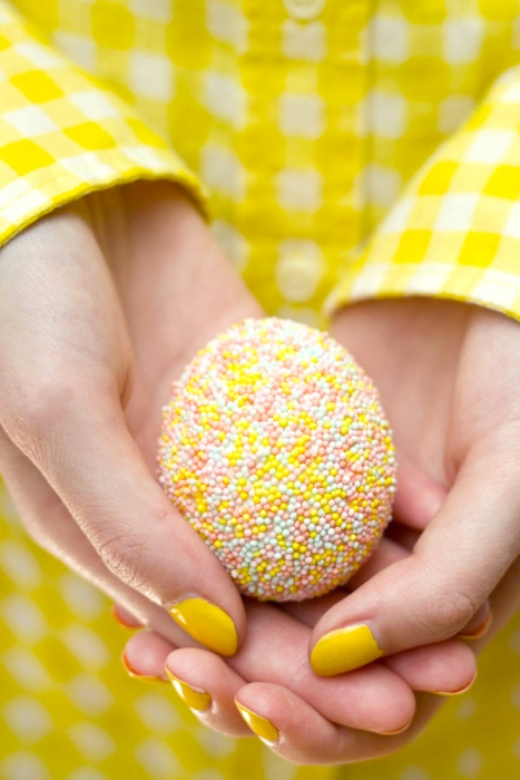Sprinkle-Easter-Egg-DIY
