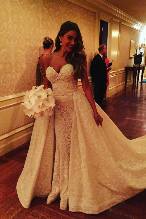 sofia-vergara-wedding-vogue-4-23nov15-sv-instagram-b