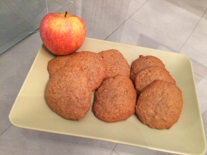 Soft Cookies με μηλο &κανελα*