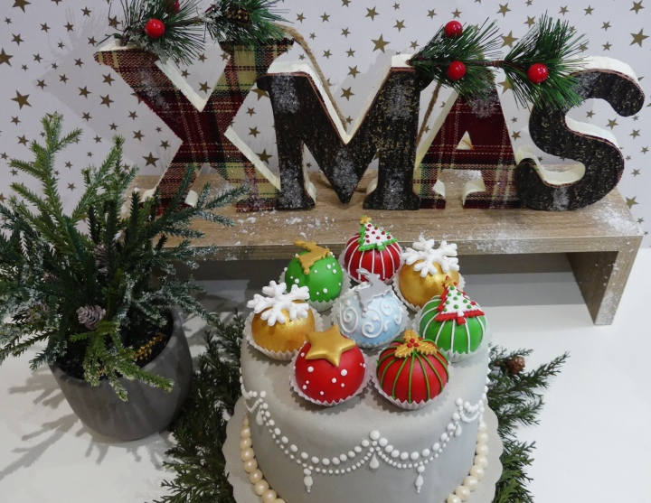 ΔΙΑΓΩΝΙΣΜΟΣ #47: ΚΕΡΔΙΣΕ Xmas cake pops ΑΠΟ ΤΗΝ Sweet Art byKaterina*